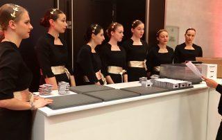 Agence hotesse Paris 8em, Agence d'hôtes et d'hôtesses d'accueil spécialisée en Accueil événementiel à PARIS CANNES MARSEILLE